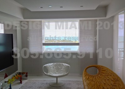 Motorized High Gloss Lacquer Venetian Blinds by Coulisse.